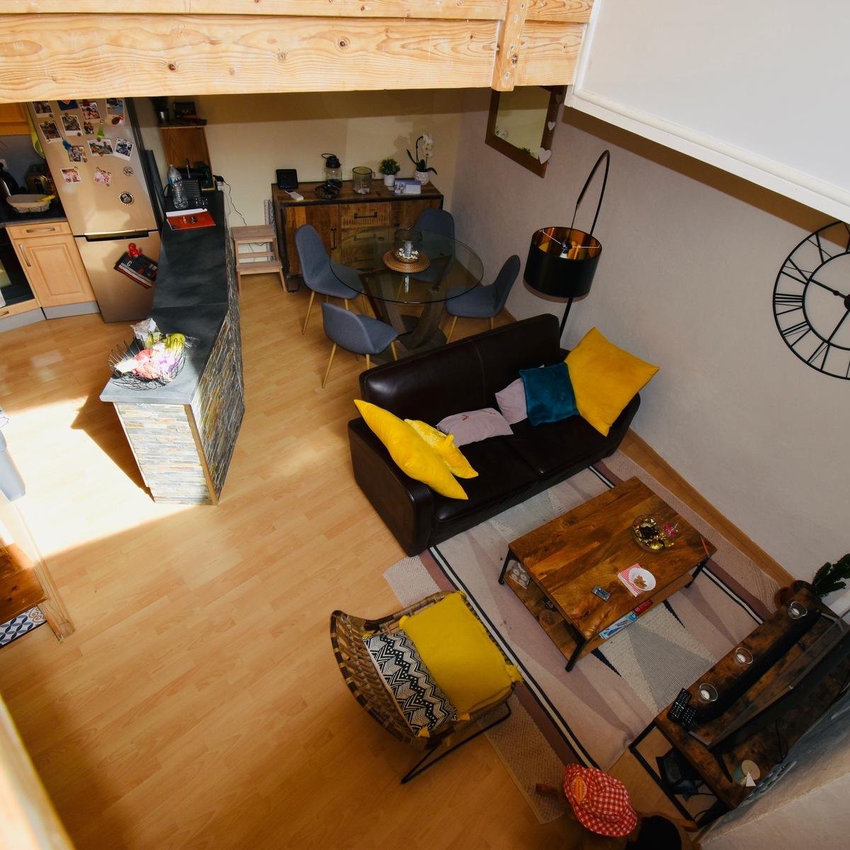 Maison de village avec terrasse - Gignac