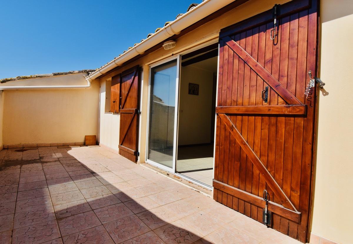 Maison de village avec terrasse - Fontès