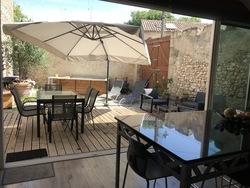 Maison de village avec cour et terrasse - Aniane